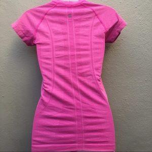 LULULEMON 4 pink swiftly tech short sleeve